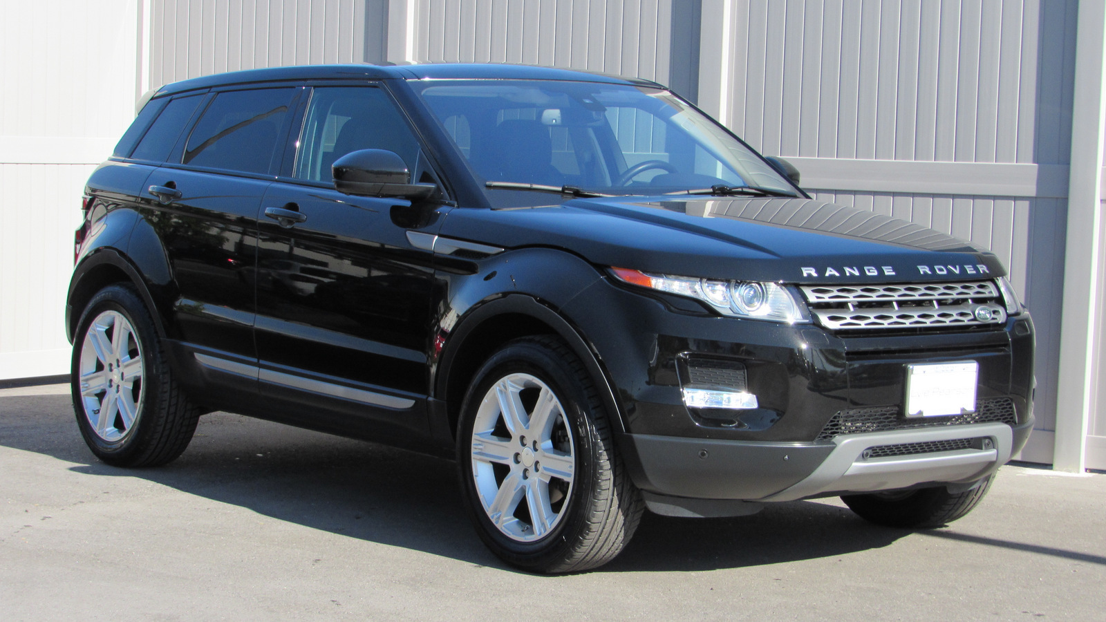 2015 Land Rover Range Rover Evoque Pure >> Certified Pre Owned 2015 Land Rover Range Rover Evoque 5dr Hb Pure